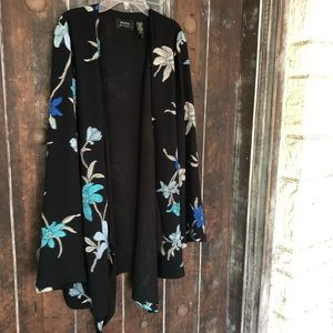 Dana Buchnan Blk Floral Embroidered Blouse